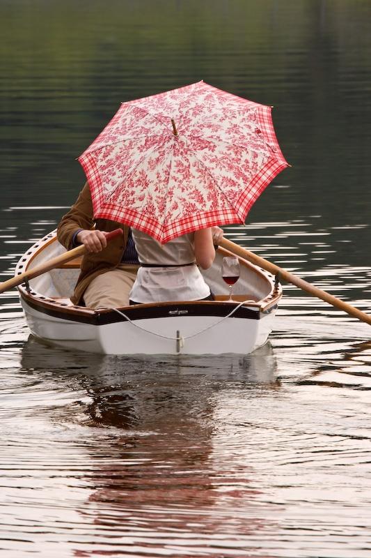 couple rowing boat - Credit as: Don Paulson, www.donpaulson.com